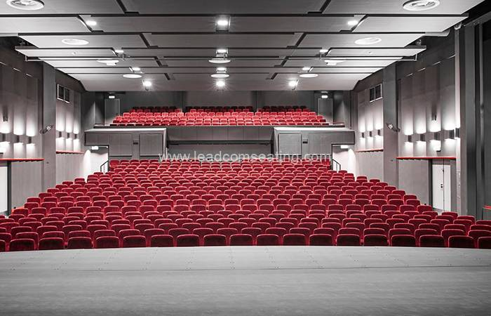 leadcom seating auditorium seating installation Slagelse Theater 2
