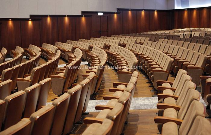 leadcom seating auditorium seating installation The Blessing Church The Hague